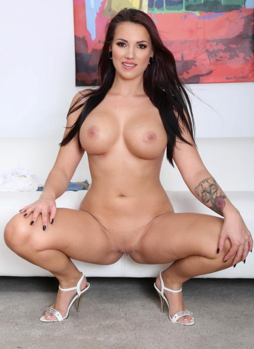 [LegalPorno.com] Jolee Love - Psycho Doctor With Jolee Love 1 She Got A Problem And Mike Can Fix It, Balls Deep Anal, Gapes, Cum In The Ass GIO1151 (2019) HD 720p